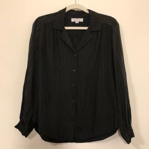 Amour Vert black long sleeve button blouse